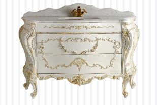 Bianchini & Capponi отделка :состаренное золото, мрамор: bianco Cristallino