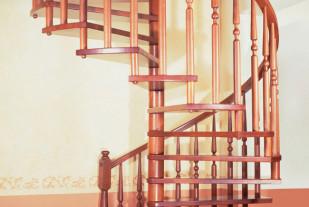 Винтовая лестница Кикнос из бука